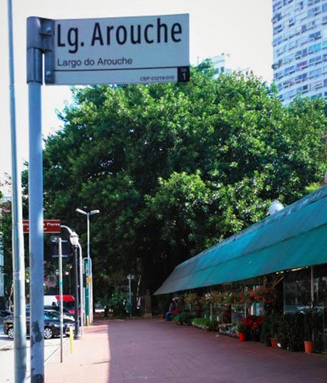 LGBTQIA+ São Paulo: bancas de flores do Lardo do Arouche