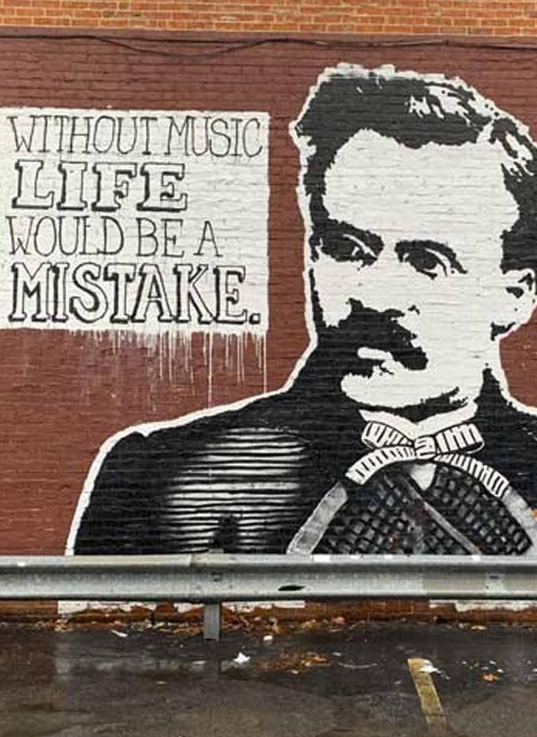 Muro com a frase de Nietzsche
