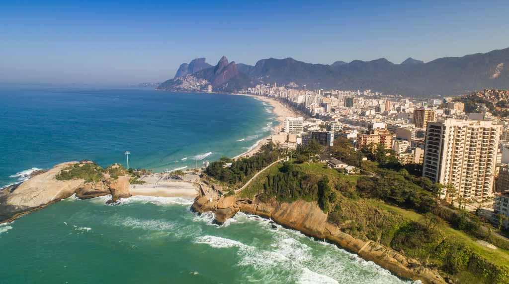 Praia do Arpoador vista aérea