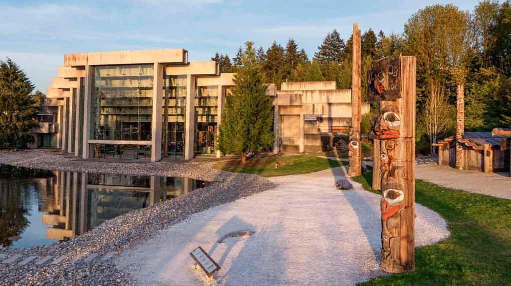 Fachada do Museu de Antropologia de Vancouver