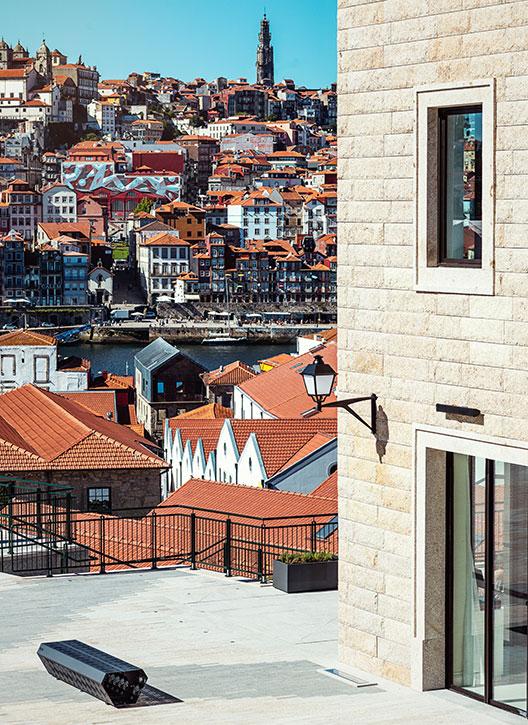 Vista da cidade do Porto a partir do WOW Porto